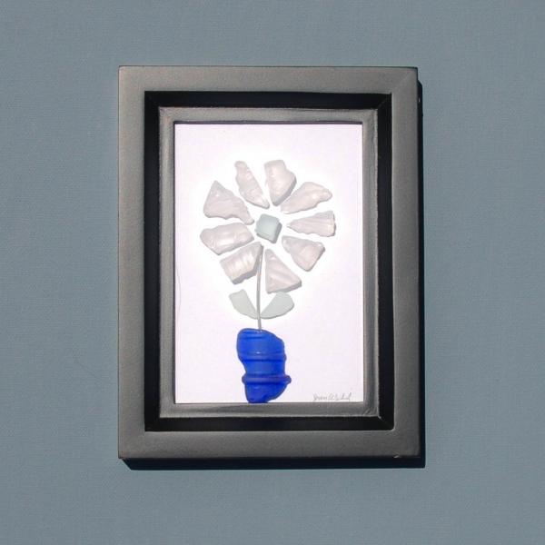JPW beach art glass white flower blue vase